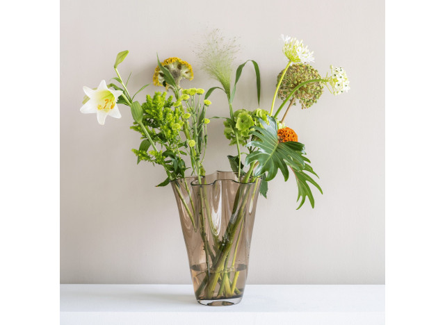 Flower Vase Waves Glass Taupe