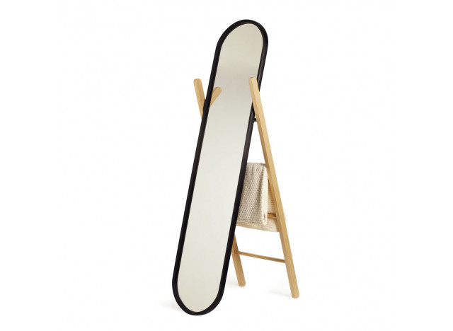HUB floor mirror with ladder