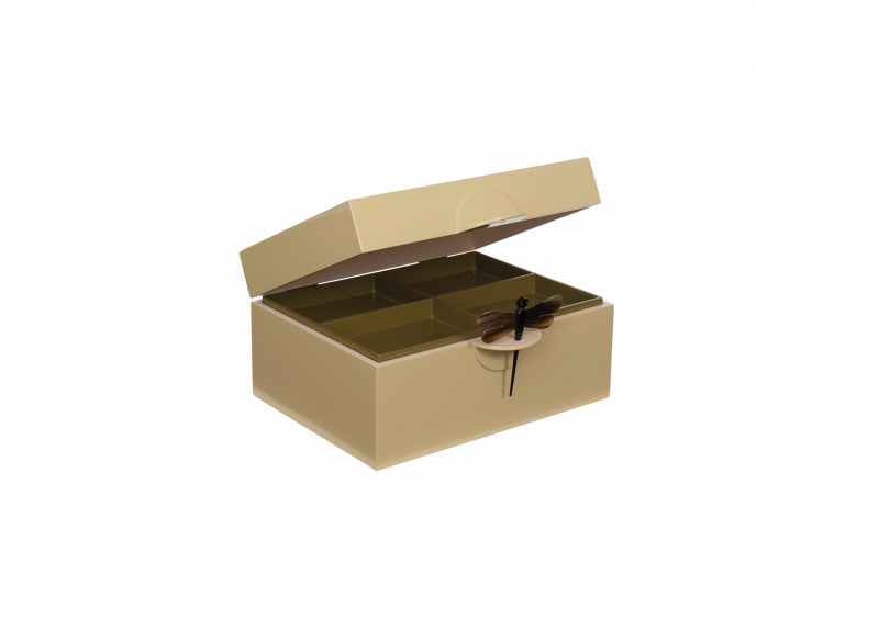 Lacquer box w dragonfly - Wheaten