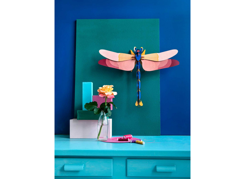 Totem Giant Dragonfly